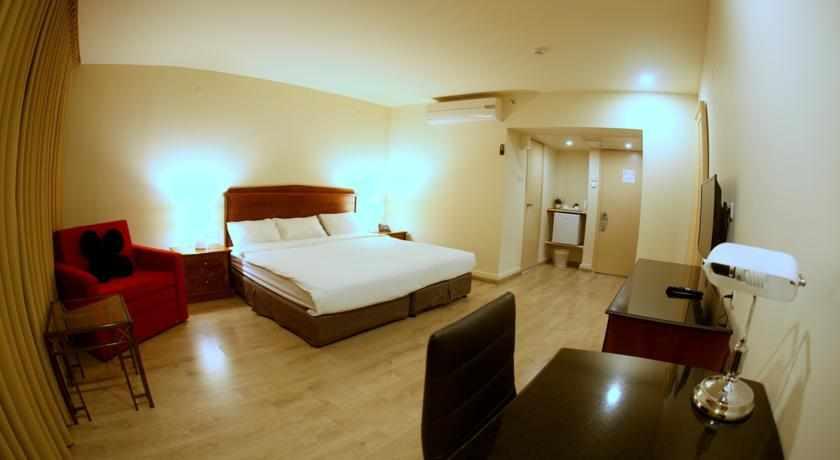 חדרים זוגיים מלון אוויה ביהוד