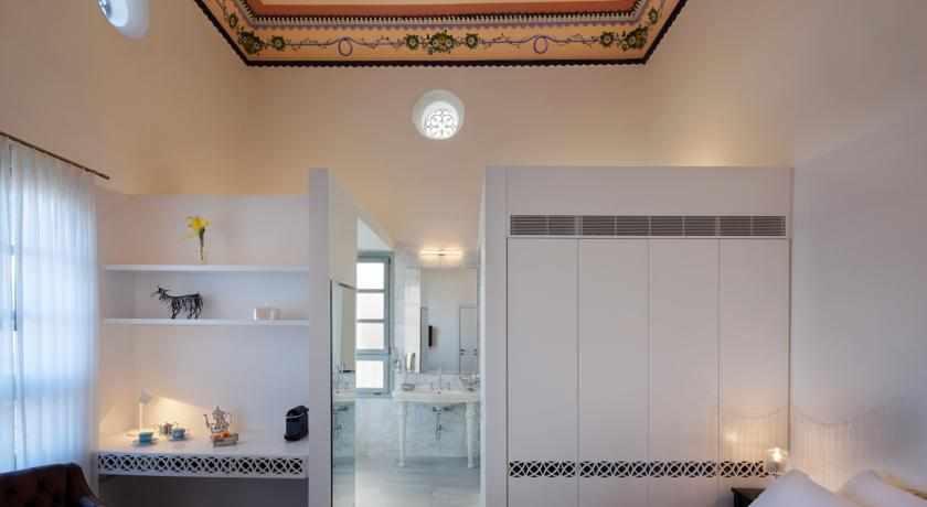 חדרים מאובזרים במלון אפנדי בעכו