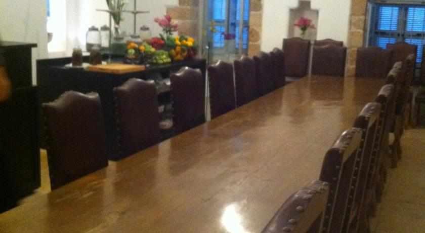 חדר אוכל מלון אפנדי בעכו