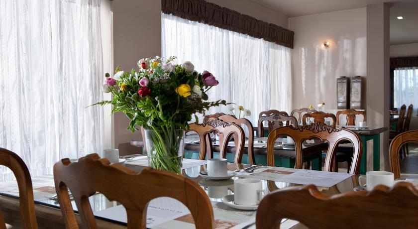 חדר אוכל מלון שטרקמן ארנה בנהריה