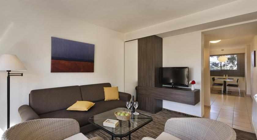 חדר משפחה מלון פונדק רמון