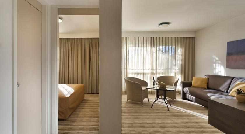 חדר זוגי מלון פונדק רמון