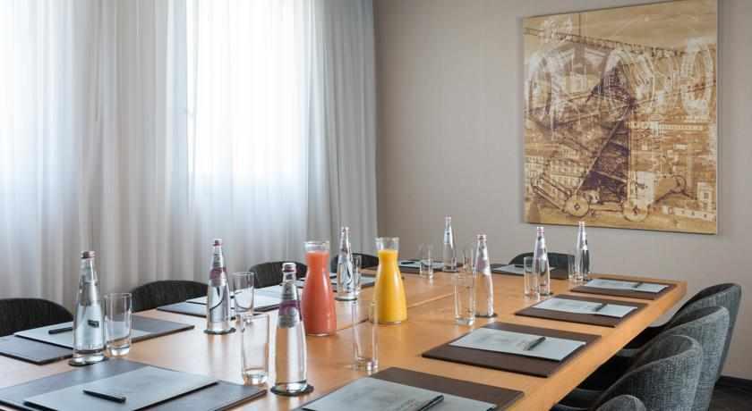 פגישות וישיבות מלון לאונרדו בוטיק רחובות