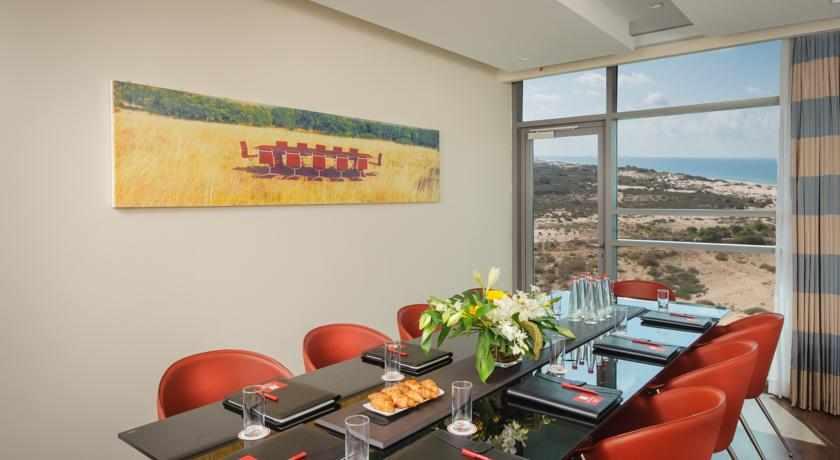 חדר ישיבות מלון לאונרדו פלאזה אשדוד