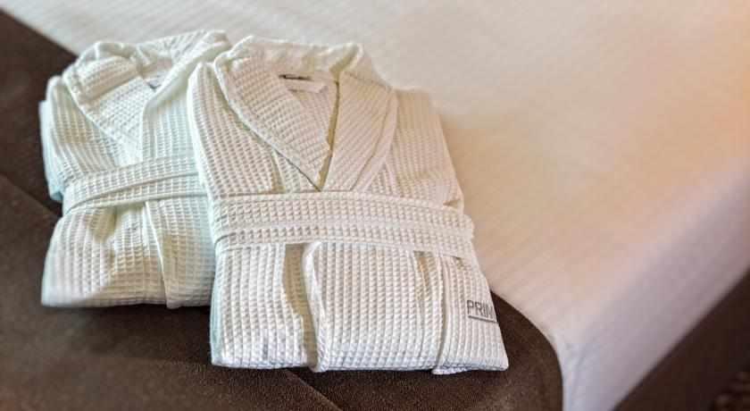 חלוקי אמבטיה מלון פרימה לינק פתח תקווה
