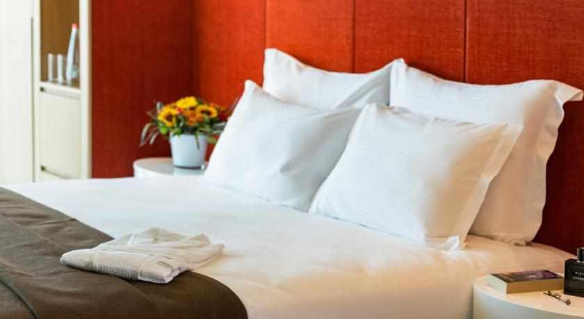 מיטה זוגית מלון פרימה לינק פתח תקווה