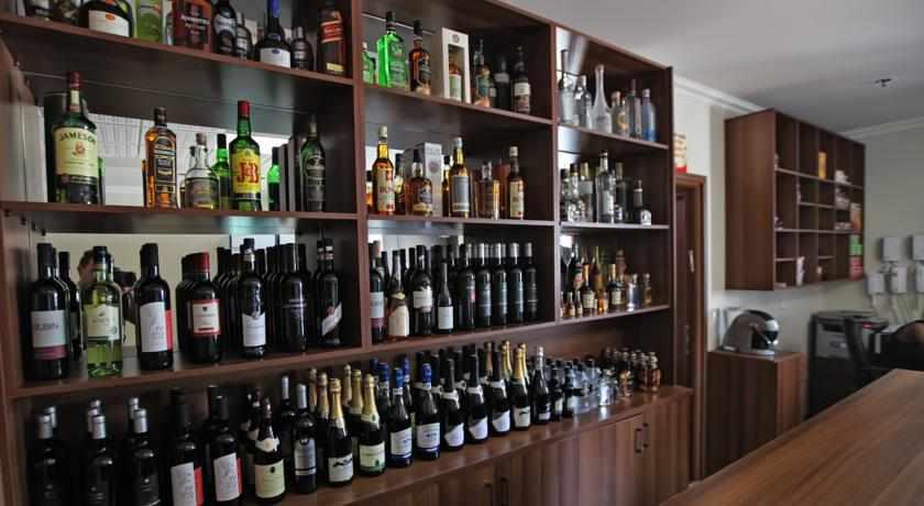 אלכוהול מלון ספא האוס ראשל