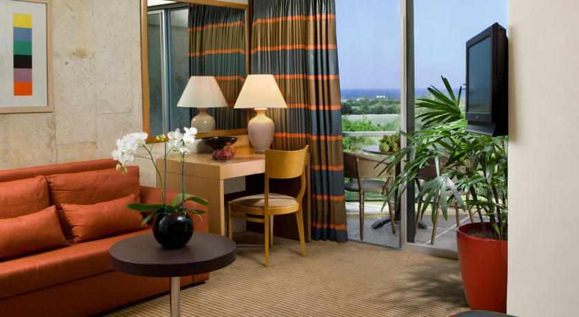 חדר מלון דן קיסריה