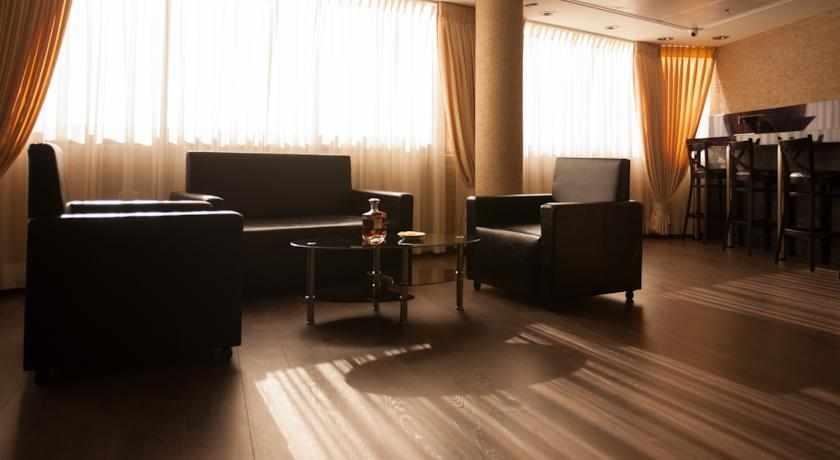 פינות ישיבה מלון אליש בבת ים