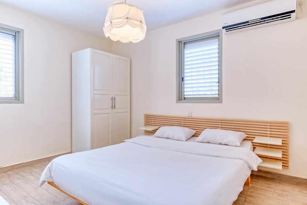 מיטה זוגית דירות ליד בלינסון