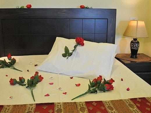 מיטה זוגית וילה אחוזת מור