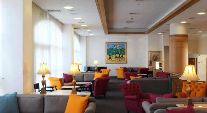 לובי מלון פלאזה נצרת