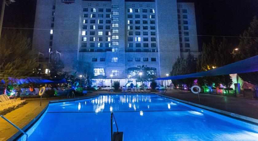 מלון פלאזה נצרת בלילה