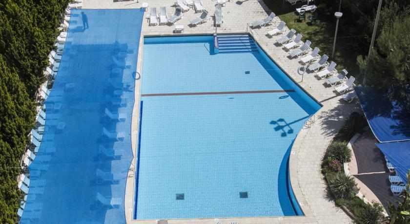 בריכת שחייה מלון פלאזה נצרת