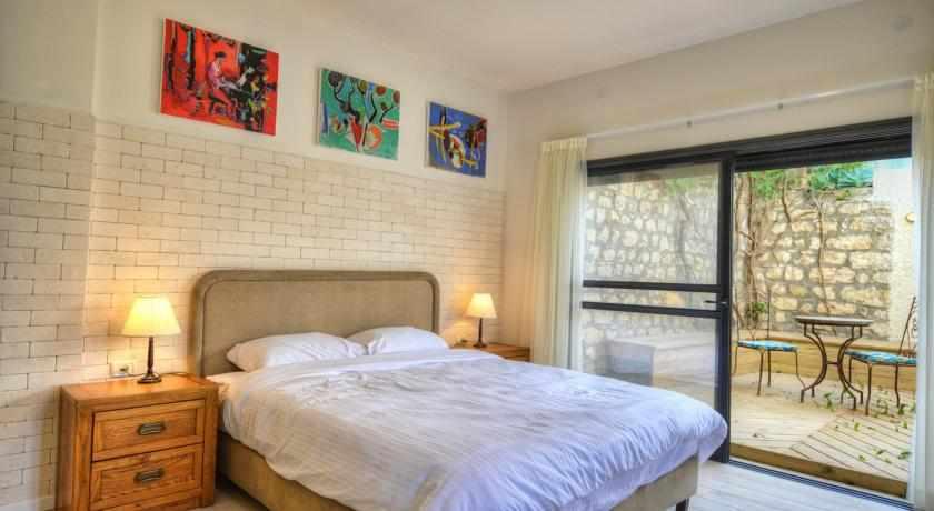 חדרים זוגיים מלון רוזנטליס בצפת