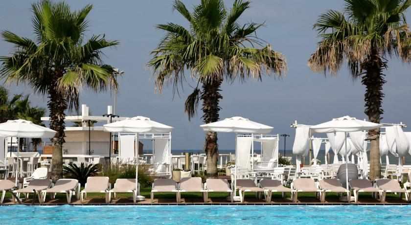 בית מלון רימונים חוף התמרים
