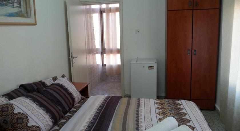 חדר מלון אמיגו