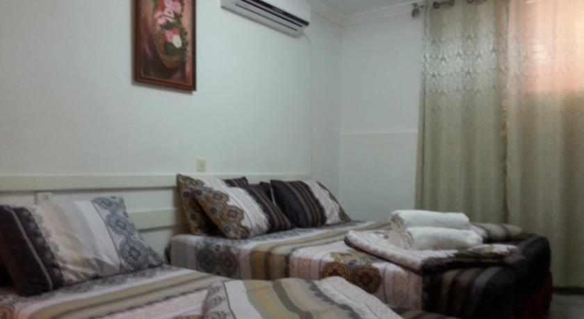מיטות נפרדות מלון אמיגו