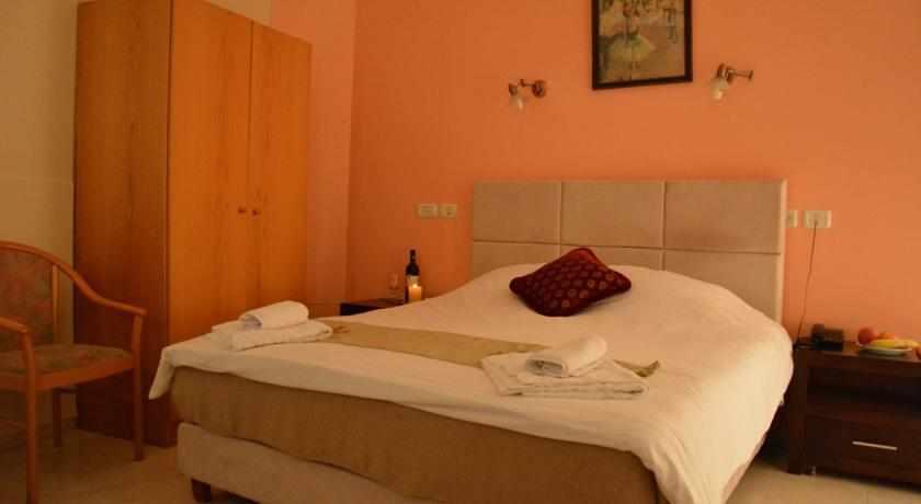 חדר זוגי מלון הגליל בנצרת