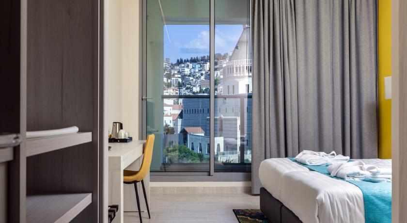 חדר נוף לעיר מלון לגאסי נצרת