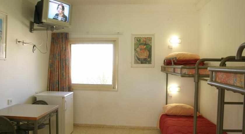 חדרים מאובזרים אכסניית אנ''א מצפה רמון