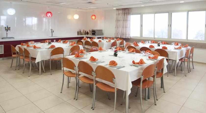 חדר אוכל אכסניית אנ''א מצפה רמון